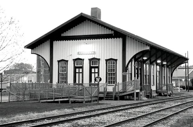 BW-train-station-ktown.jpg