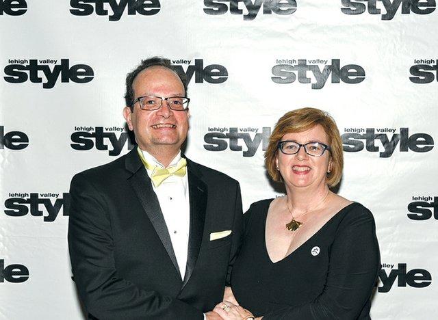 Arturo Perez and Elizabeth Meade.jpg