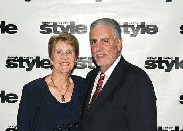 Suzanne and Bob Vitale.jpg