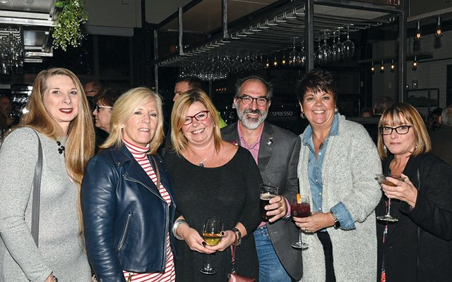 Dawn Kresge, Therese Kelley, Kathy Gregory, Doug Koffel, Lyn Hufton and Janis Atkins.jpg