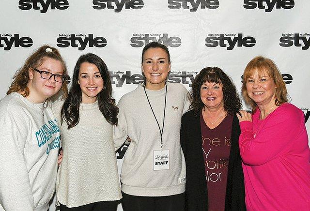 Melissa Hayes, Jen Rinaldi, Kristen Rinaldi, Doreen Harris and Lynn Hayes.jpg