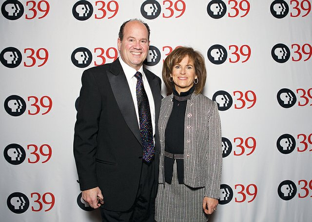 Buddy and Laurie Lesavoy.jpg