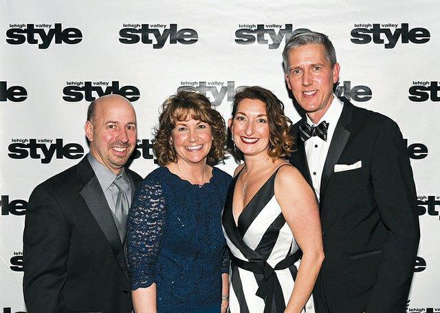 Arden and Cheryl McCue, and Susan and Dan Linski.jpg