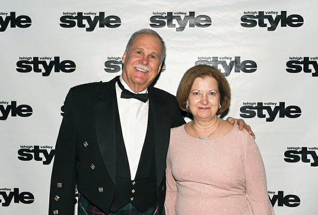 Phil and Annette Armstrong.jpg
