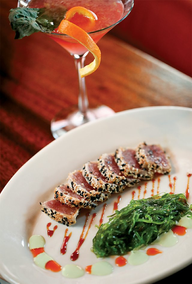 Seared Sesame Tuna with seaweed salad and wasabi at Oak Steakhouse