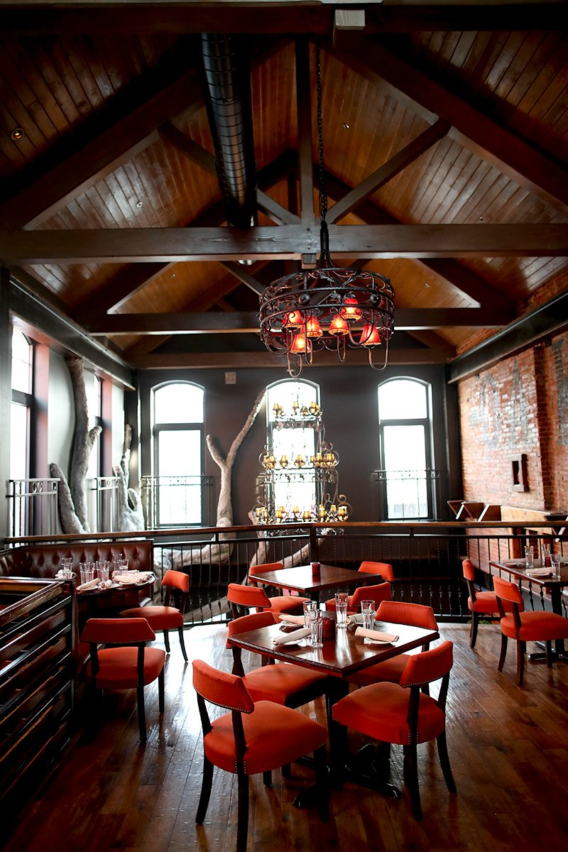 Oak Steakhouse Puts Down Roots in Downtown Easton - Lehigh ...