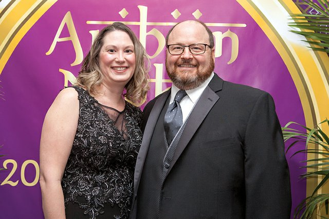 Tina and Steve Luettgen.jpg