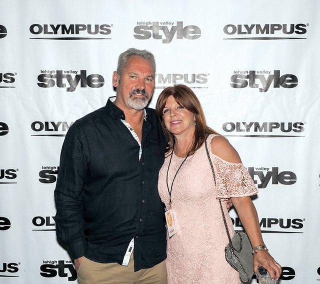 Tim and Gail Howard.jpg