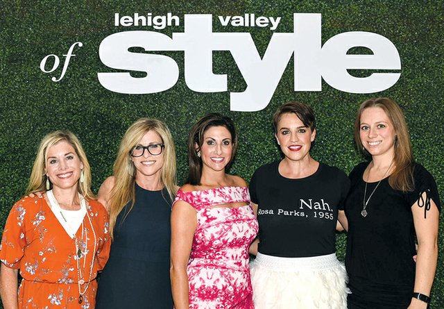 Shoshana Gosselin, Amy Bloom Coleman, Ashley Russo, Kelly Dunn and Abby Aird.jpg