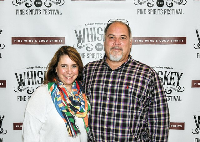 Wendy and Gil Gonzalez.jpg