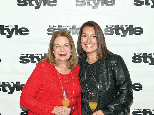 Diane Humenik and Susan Bella Linski.jpg