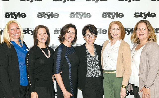 Julie Huber, Trish Dilg, Ashley Russo, Sue Ross, Tina Hasselbusch and Kate Raymond.jpg