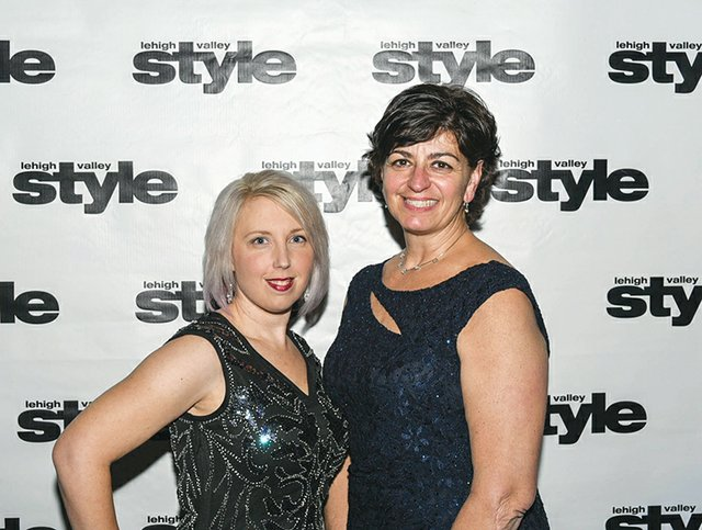 Gena DeLong and Dana Woolley.jpg