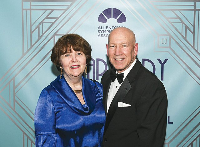 Mary and Jim Klunk.jpg