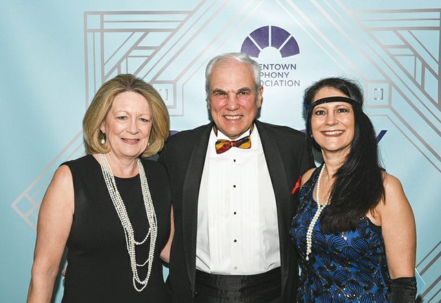 May and John Dodds, and Lucy Bloise.jpg
