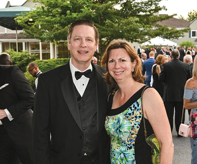 Bill and Laura Bachenberg.jpg