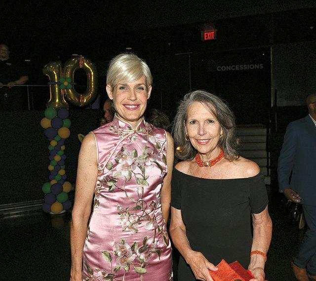 Laura Bennett and Sharon Zondag.jpg