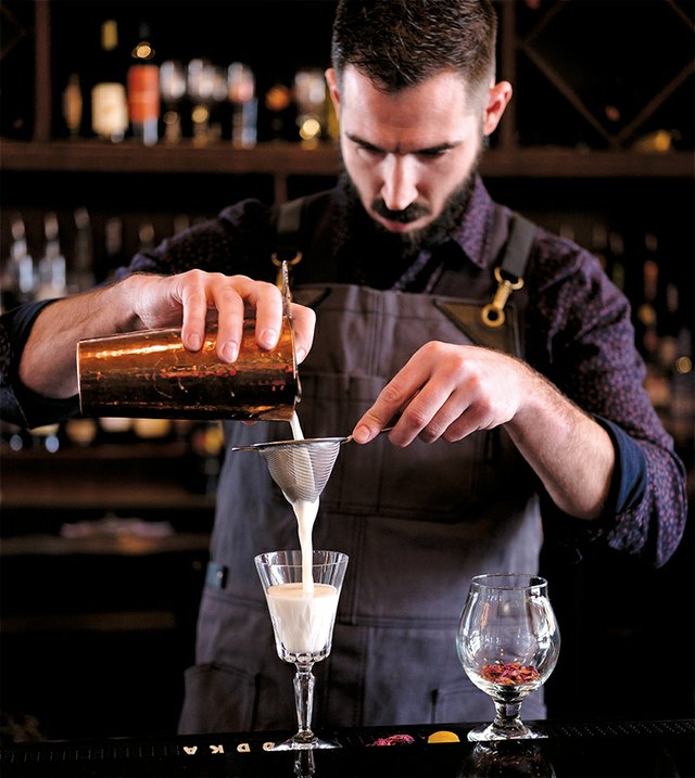 Joshua Coates Shares His Cocktail Recipe for What A Lovely Thing
