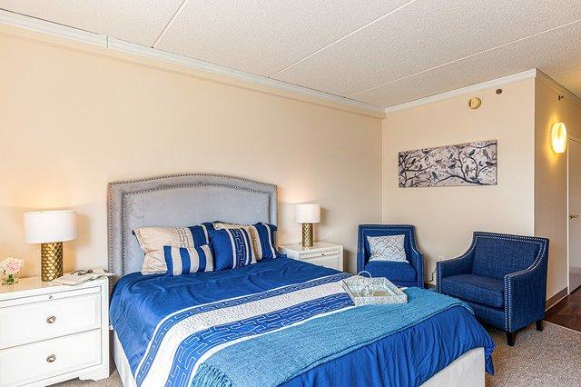 Rittenhouse_Model-Apartment-4-1080p.jpg