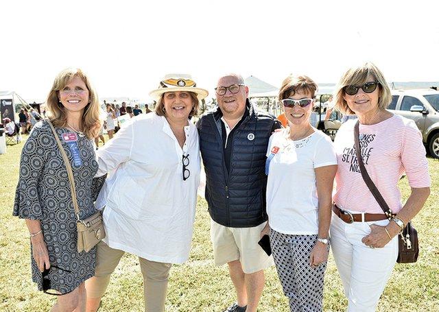 Wenda Boyer, Peggy and John Oehler, Kim Hirschman and Marcia Theodoredis.jpg