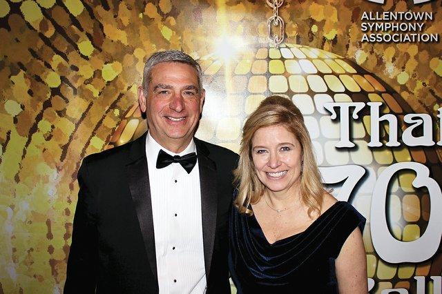 Bill and Linda Hacker.jpg