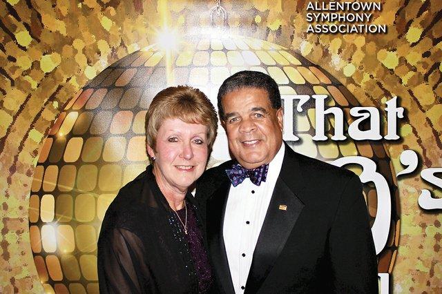 Deborah Fries-Jackson and Phil Jackson.jpg