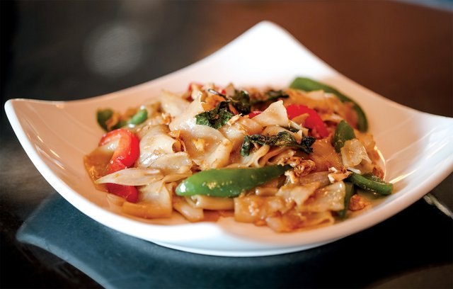 White Orchids' Drunken Noodles