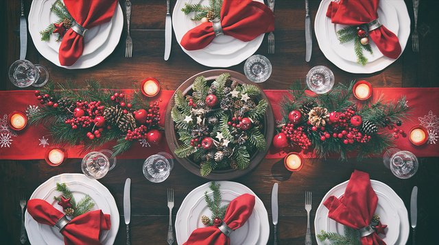holiday-table-setting-web.jpg