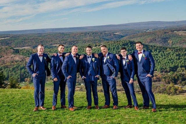 amanda-shane-groomsmen.jpg