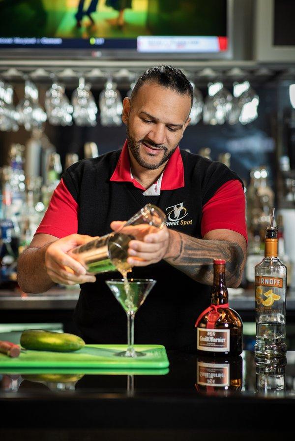 Bartenders-112.jpg