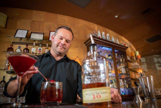 Bartenders-141.jpg