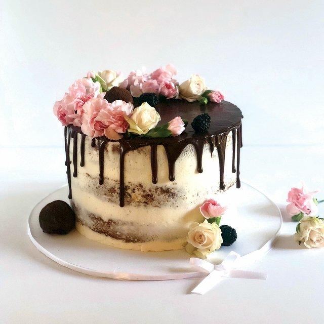 cake-as-canvas-web.jpg