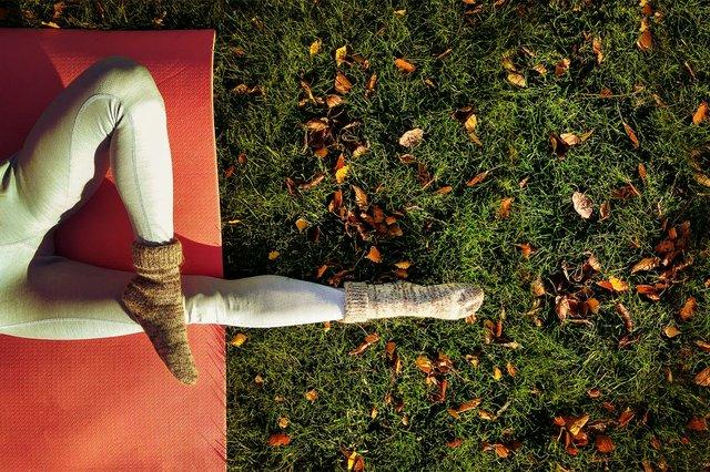 autumn-park-yoga-web-hero.jpg